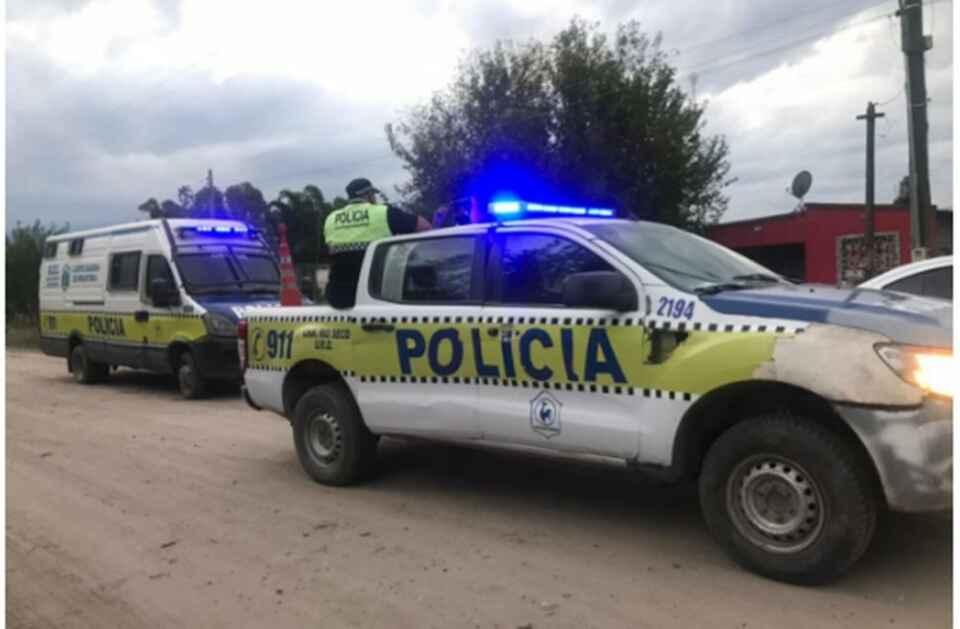 Crimen en León Rouges: protestaron frente a la casa de la sospechosa