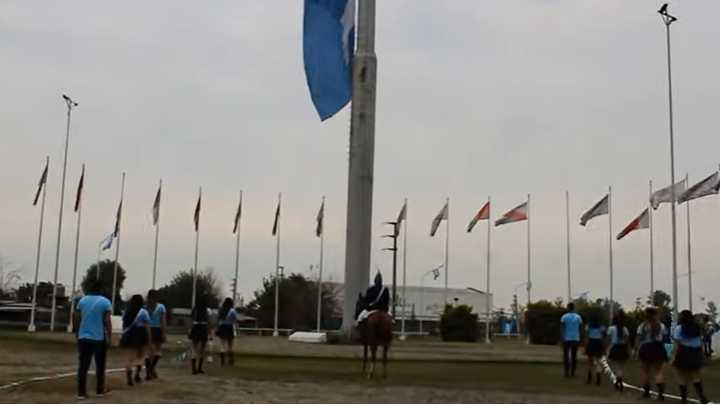Día de la bandera Argentina: el homenaje de alumnos de Yonopongo en Monteros